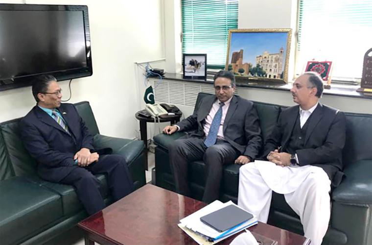 Malaysian HC meets Pakistan Minister
