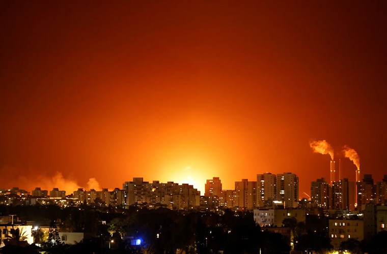 Israeli energy pipeline hit in Ashkelon amid rains of rockets from Gaza