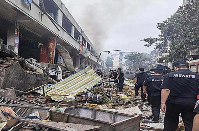 Gas pipeline blast in China kills 12 and injures 138 people